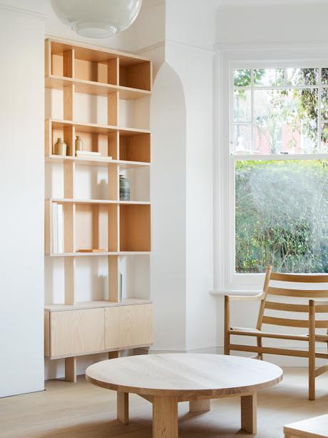 Londres / Une extension en bois clair réussie /