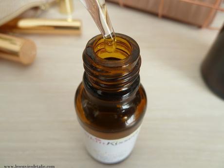 Sérum à la Vitamine C SkinKissed - le secret d'un teint éclatant ?