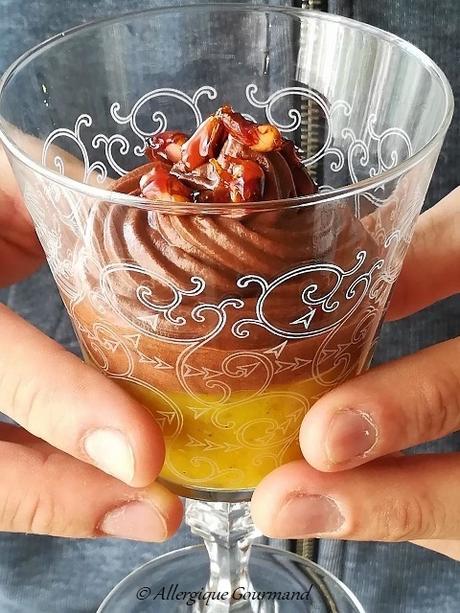 Entremet mangue-chantilly coco-chocolat, bio {sans gluten, sans lait, sans oeufs}