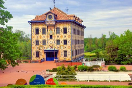 Le moulin Saulnier de l'ancienne chocolaterie Menier à Noisiel © French Moments