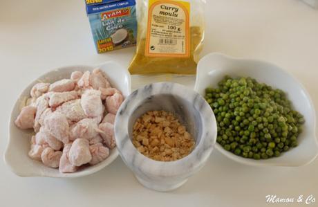 Poulet au curry, noix de cajou et lait de coco