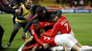 Monaco revient de loin après avoir été mené 2 buts à 0. Les Monégasques s'imposant finalement 3 buts à 2.