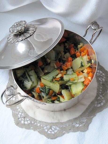 Poêlée de blettes & de carottes à l'ail