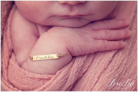 Photographe naissance professionnelle Versailles
