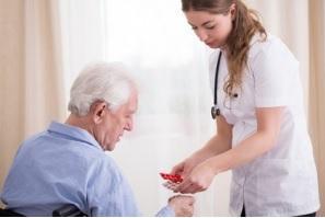 La CONFUSION MENTALE du patient âgé, facteur de surdiagnostic et de surprescription d'antibiotiques