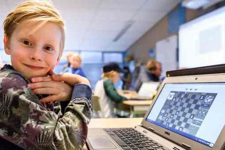 Le festival d'échecs de Wijk-aan-Zee est suivi par de nombreux enfants - Photo © Alina L'Ami