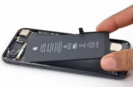 Apple remplace à présent la batterie d'iPhone pour 29€ en France