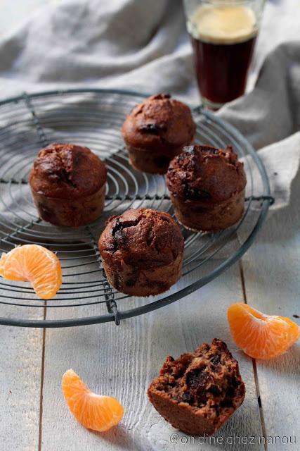 Cakes moelleux  à l'okara de noix , mandarines et chocolat
