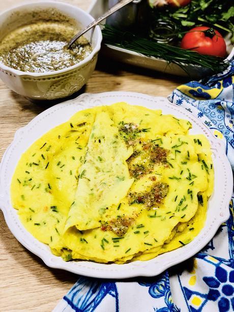 Crêpes salées mauriciennes {sans œufs – sans lait} accompagnées d'un satini cotomili (Chutney de coriandre)