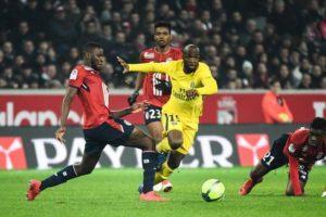 Lassana Diarra en action avec le PSG face au LOSC