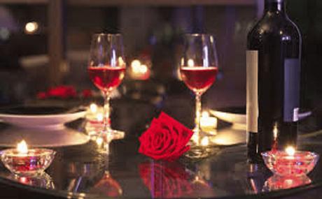 Avec un restaurant romantique pour la Saint Valentin, vous séduirez votre femme
