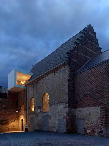 klaarchitectuur-studio-waterdog-church-project-6