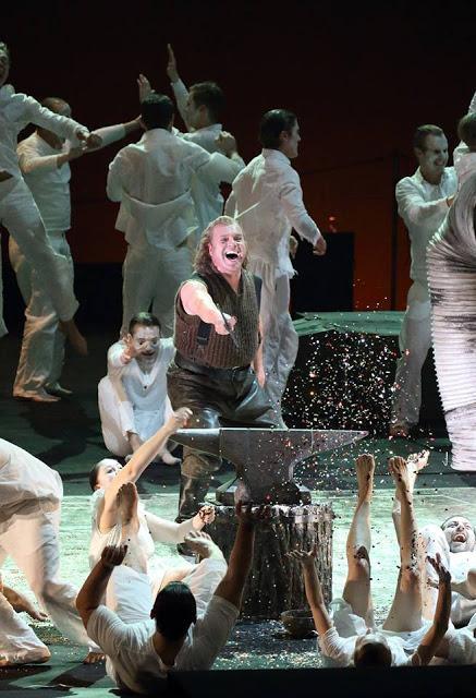 Kirill Petrenko dirige un Siegfried de couronnement à l'opéra de Munich
