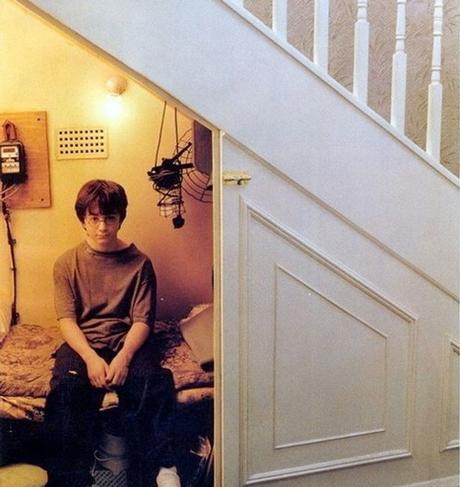 Harry Potter chambre aménager un dessous d'escalier