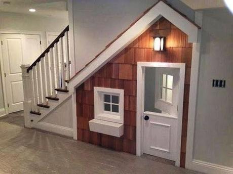 20 astuces pour aménager un dessous d'escalier maisonnette jeu enfant
