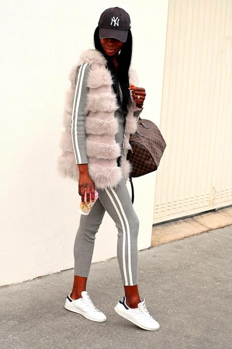 casual-chic-outfit-louis-vuitton-speedy-bag-loungewear-missguided-sneakers-adidas-stan-smith