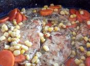 Rôti porc tranches carottes maïs