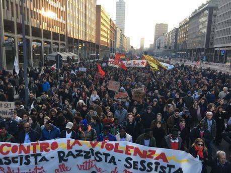 Une vague de fond contre les bas du front #Macerata #antifa