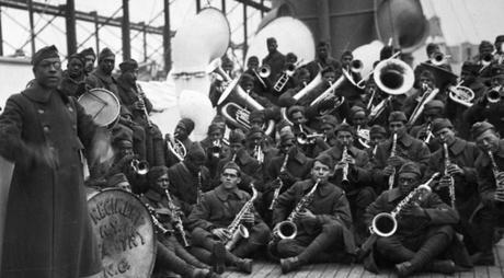 Le jazz est arrivé il y a cent ans en France, mais il est devenu populaire il y a seulement 70 ans