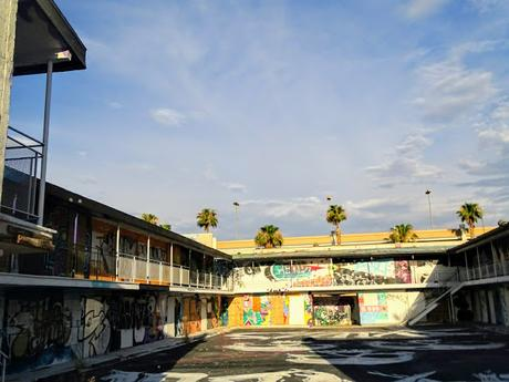 Du Street Art & des chips à Art District Las Vegas