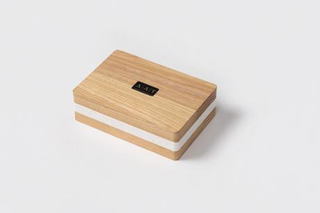 [PACKAGING] : Un étui pour carte cadeau en bois et marbre, idéal pour la Saint Valentin