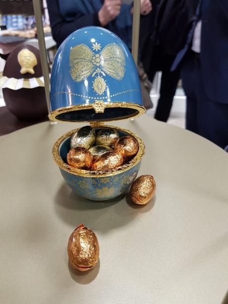 [ Food ] 110 ans de la Comtesse du Barry, l'épicerie s'ouvre au snacking à Paris