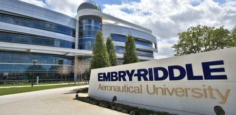 Parcours d'une ingénieure de l'université Embry-Riddle qui milite pour la mixité