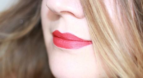 La gamme Rouge Velvet The Lipstick de Bourjois !
