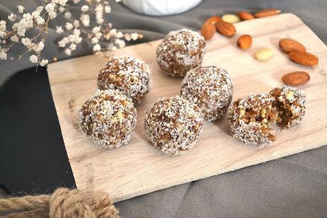 Fitballs : un snack sain avec seulement 3 ingrédients