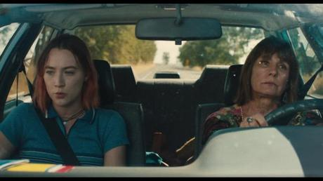Lady Bird :  	La difficulté de quitter son nid.