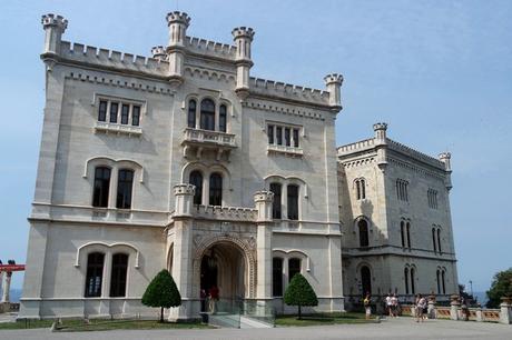 trieste château castello miramare