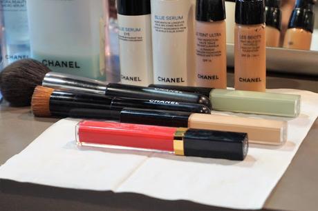 Les produits Chanel utilisés pour ce maquillage du teint