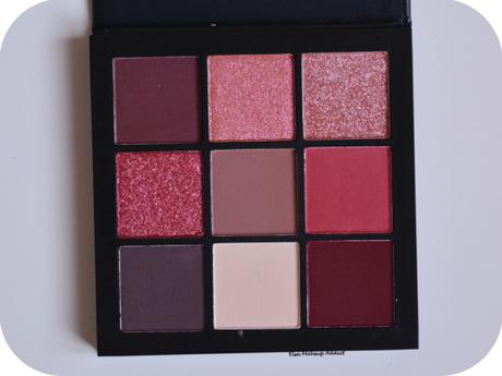 MAUVE OBSESSIONS d'Huda Beauty : la palette compacte idéale ?