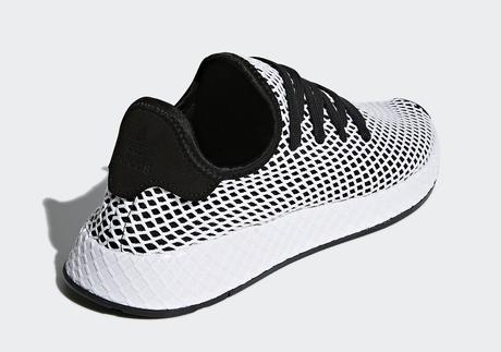 online store 268be fd400 Adidas Deerupt Black White