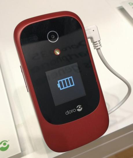 MWC 2018 : Doro annonce deux mobiles et une solution de vigilance pour les séniors
