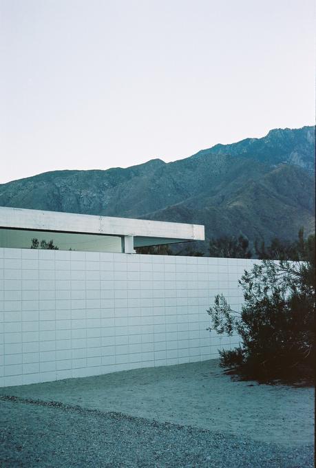 'Desert Modernism' par Cleo Goossens
