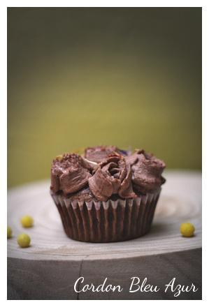 Fondant au chocolat, chantilly cacao et fève tonka