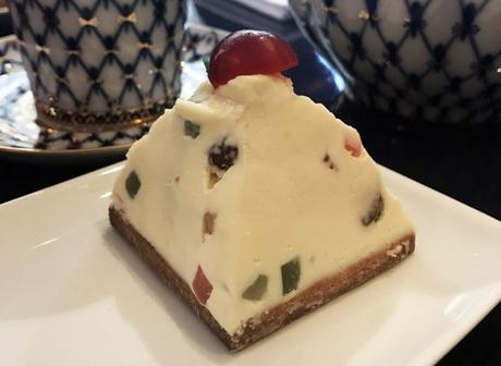 Paskha, crème de fromage blanc russe aux fruits confits