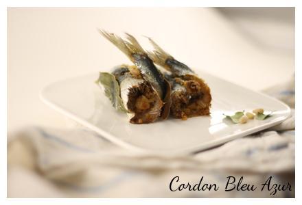 Sardines farcies à la sicilienne (chapelure, raisins secs, pignons de pin, graines de tournesol, coriandre et zeste d'orange)