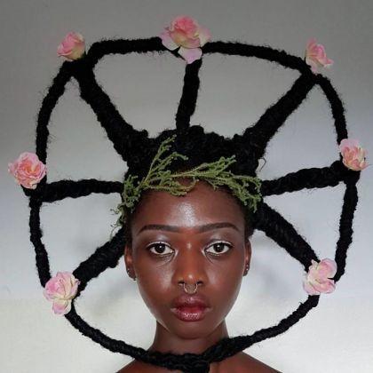 Tresses africaines insolites par Laetitia Ky