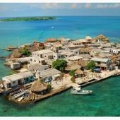 Santa Cruz del Islote, la plus petite île peuplée au monde, île de Colombie, Caraïbes - Quilaztli, un petit monde d'histoire