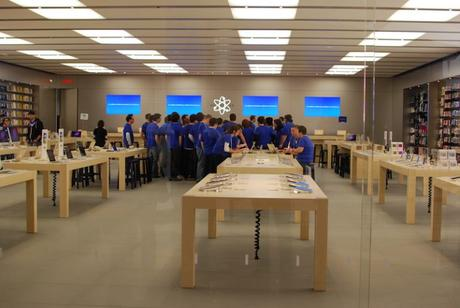 Ma visite à l'Apple Store de Place Sainte-Foy Articles
