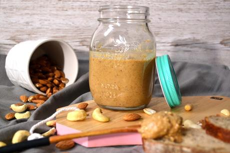 Amandes, cacahuètes et cajou : mon beurre d'oléagineux maison