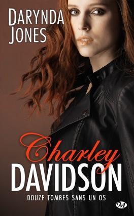 Couverture du livre : Charley Davidson, Tome 12 : Douze tombes sans un os