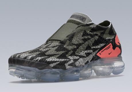 Acronym x Nike Air Vapormax Moc 2