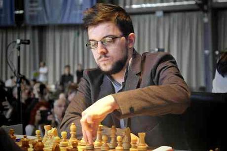 Le Français Maxime Vachier-Lagrave remporte sa partie face à l'Indien Viswanathan Anand, ex-champion du monde d'échecs - Photo © Grenke Chess Classic
