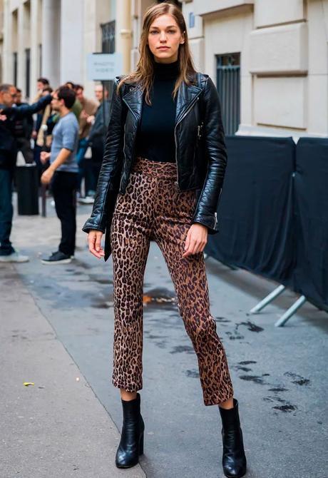 pantalon à imprimé léopard