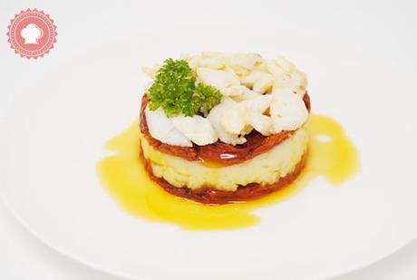 Cabillaud, tomates séchées et écrasé de pommes de terre à l'ail