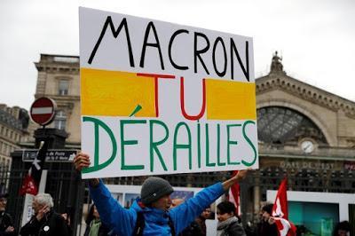 La grève des cheminots français en une de Clarín [ici]