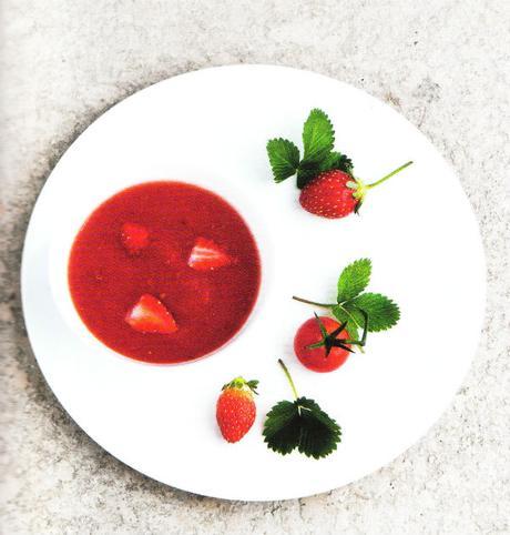 Gazpacho picaro de tomates et fraises